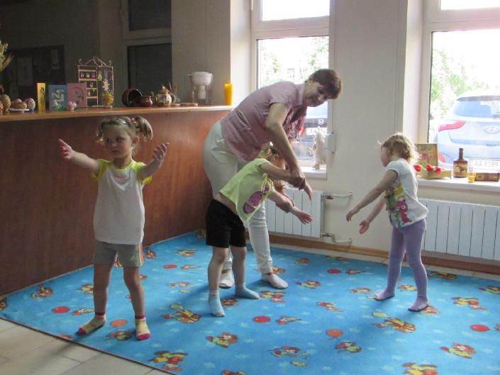 Ритмічна гімнастика фото
