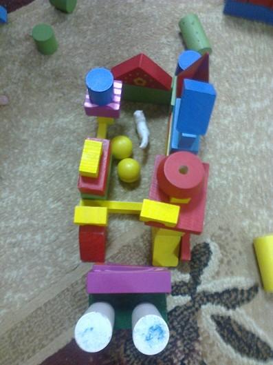 Будиночок із кубиків фото